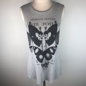 Truly Madly Deeply Sleeveless T-Shirt Size Small